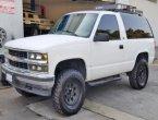 1998 Chevrolet Tahoe under $6000 in California