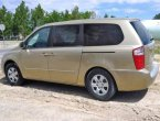 2006 KIA Sedona under $3000 in Nevada