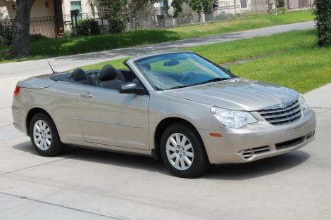 Photo #2: convertible: 2009 Chrysler Sebring (Beige)