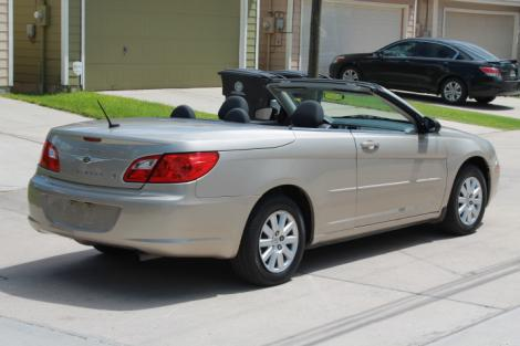 Photo #3: convertible: 2009 Chrysler Sebring (Beige)
