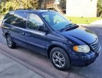 2007 Chrysler Town Country under $4000 in California
