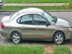 2003 Ford Taurus (Gold)
