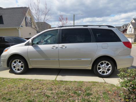 used toyota sienna passenger minivan for sale by owner in nc. Black Bedroom Furniture Sets. Home Design Ideas