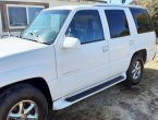 2000 Cadillac Escalade under $4000 in California
