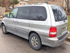 2004 KIA Sedona under $2000 in Wisconsin