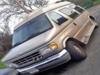 1992 Ford Econoline under $3000 in California