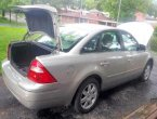 2006 Ford Five Hundred under $2000 in Missouri