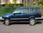 2000 Volvo V70 under $2000 in California