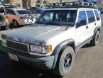 1995 Isuzu Trooper (White)