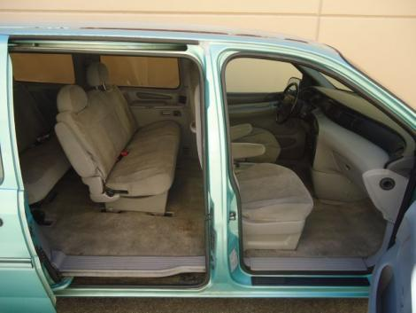 Photo #11: passenger minivan: 1998 Ford Windstar (Teal)
