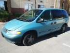 Reliable and comfy minivan under $2000 in NV!