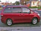 2013 Toyota Sienna under $12000 in California