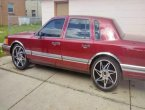 1990 Lincoln TownCar under $3000 in Wisconsin