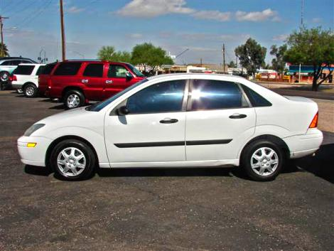 2005 ford focus sedan for sale in phoenix az under 4000. Black Bedroom Furniture Sets. Home Design Ideas