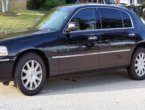 2011 Lincoln TownCar under $3000 in Illinois