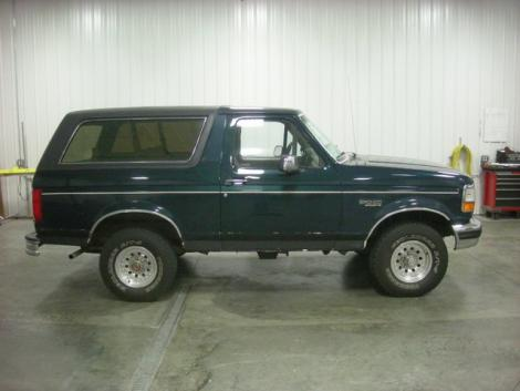 Photo #10: SUV: 1993 Ford Bronco (Green)