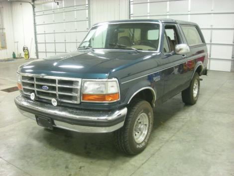 Photo #11: SUV: 1993 Ford Bronco (Green)