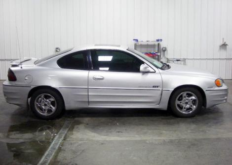 2002 pontiac grand am gt for sale in sioux falls sd under 5000. Black Bedroom Furniture Sets. Home Design Ideas