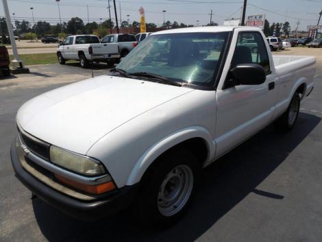 Used 2003 Chevrolet S-10 Pickup Pickup Truck For Sale in ...