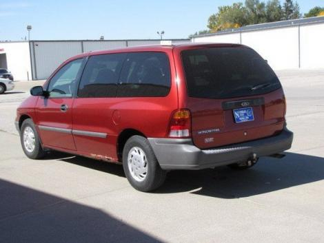 Photo #4: cargo minivan: 2000 Ford Windstar (Red Metallic)