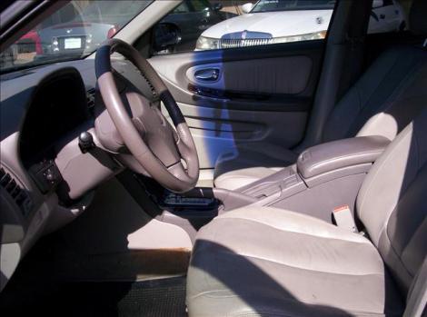 Photo #7: sedan: 2000 Nissan Maxima (Black)