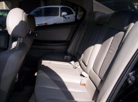 Photo #8: sedan: 2000 Nissan Maxima (Black)