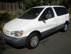 1998 Toyota Sienna under $4000 in Oregon