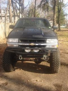 Photo #3: pickup truck: 2001 Chevrolet S-10 (Black)