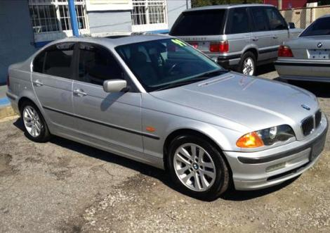 Photo #1: luxury sedan: 1999 BMW 328 (Silver)