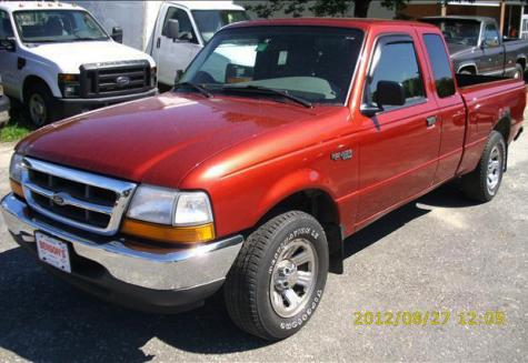 Photo #1: pickup truck: 2000 Ford Ranger (Red)