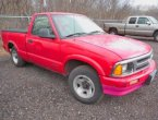 1994 Chevrolet S-10 under $2000 in Minnesota