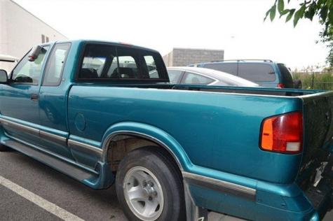 Photo #4: pickup truck: 1996 Chevrolet S-10 (Green Metallic)