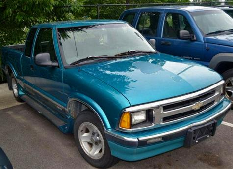 Photo #1: pickup truck: 1996 Chevrolet S-10 (Green Metallic)