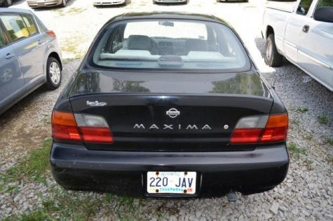 Photo #3: sedan: 1996 Nissan Maxima (Black)