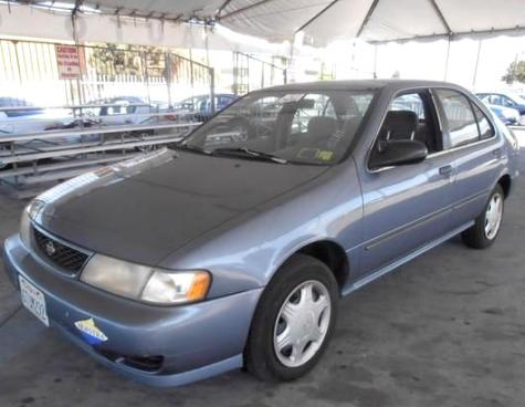 Photo #1: sedan: 1998 Nissan Sentra (Blue)