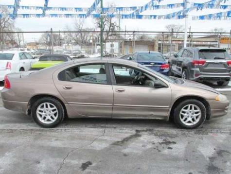 Good Used Car Under $2000 in Chicago, IL - 2002 Dodge Intrepid SE - Autopten.com