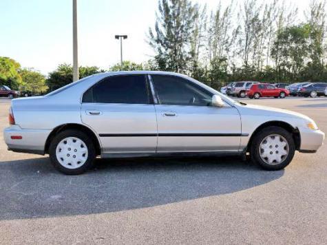 Economy Used Car Under 1k In Fl 96 Honda Accord Lx For