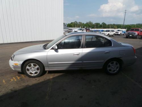 Car Under $1000 near Columbus OH (Hyundai Elantra GLS '03 ...