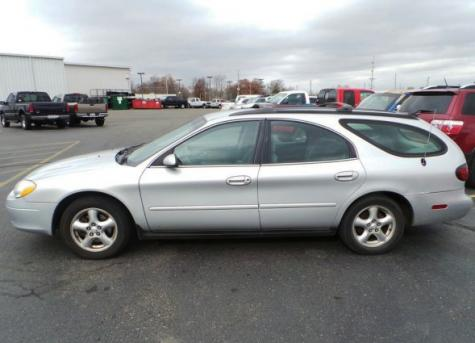 Station Wagon Under 1000 Ford Taurus Se Wagon 2002 In