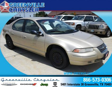Photo #1: sedan: 2000 Chrysler Cirrus (Gold)