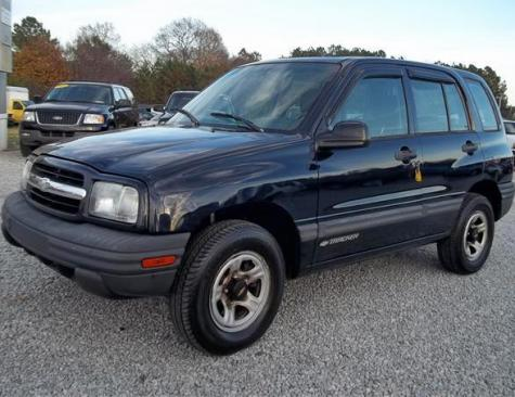 Used SUV Under $3000 in NC - Cheap Chevrolet Tracker 2001 4x4 - Autopten.com