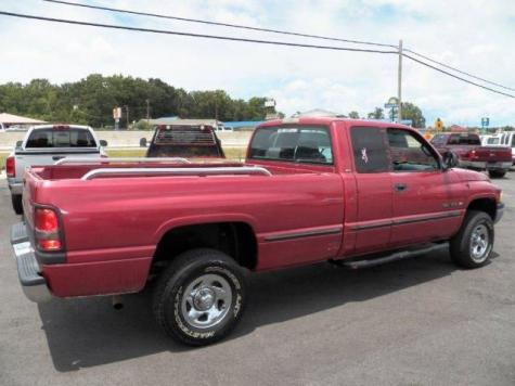 Photo #8: truck: 1999 Dodge Ram (Red)