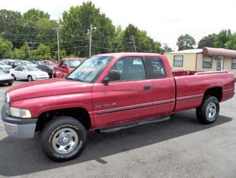 Photo #1: truck: 1999 Dodge Ram (Red)