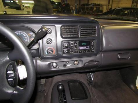Photo #4: pickup truck: 2000 Dodge Dakota (White)
