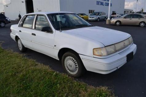 good used car under 1000 1994 mercury topaz gs in kentucky. Black Bedroom Furniture Sets. Home Design Ideas