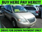 2006 Chrysler Town Country (Gold)