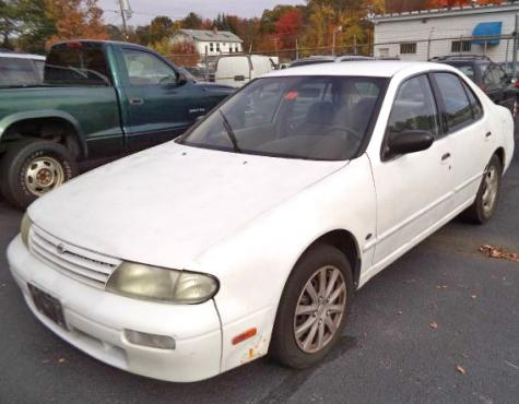 Volvo Dealers Nh >> Car For Sale Under $500 - Nissan Altima GLE '97 near Manchester, NH - Autopten.com