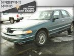 1996 Ford Crown Victoria (Green)