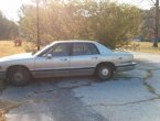 1994 Buick Park Avenue (Gold)