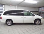 2000 Chrysler Town Country - Benton, AR